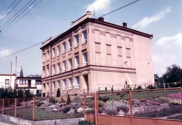 škola v roce 1969